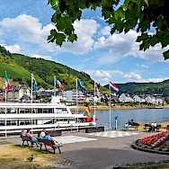 Fahrgastschiffe Rheinfels waiting along the Mosel in Cochem, Rhineland-Palatinate, Germany. Flickr:Frans Berkelaar
