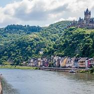 Bike and boating along the Mosel River through Cochem, Rhineland-Palatinate, Germany. Flickr:Frans Berkelaar