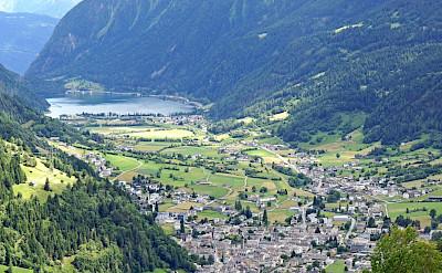 Swiss town along the Bernina Pass. Flickr:Dennis Jarvis