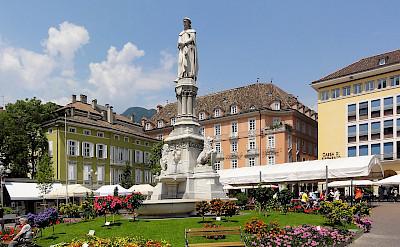 Waltherplatz in Bolzano, South Tyrol, Italy. Wikimedia Commons: CCO