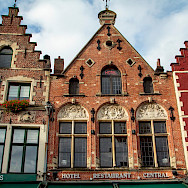 Fancy facades are one of Bruges' signature looks. Flickr:taiwaiyun