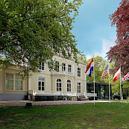 Airborne Museum 'Hartenstein' is dedicated to the Battle of Arnhem: interesting WWII history, which there is a lot of on this tour. Wikimedia Commons:Airborne Museum 'Hartenstein'