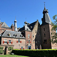 Doorwerth Castle is near Arnhem in Gelderland, the Netherlands. Wikimedia Commons:Vincent van Zeijst