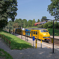 Taking the train in Oosterbeek, the Netherlands. Flickr:Rob Dammers