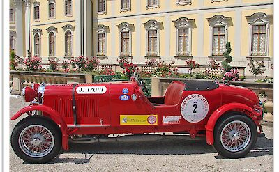 Car show at the Ludwigsburg Palace, Germany. Flickr:Jorbasa Fotografie