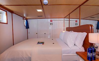Beluga - cabin #5 | Bike & Boat Tours