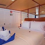 Beluga-cabin #3
