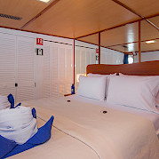 Beluga - cabin #3 | Bike & Boat Tours