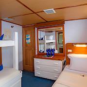 Beluga-cabin #1