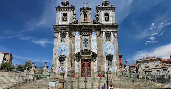Church of Saint Ildefonso in Porto, Porgual. Flickr:Nicolas Vollmer
