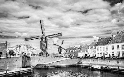 Black & white of Heusden in North Brabant, the Netherlands. Flickr:Johan Wieland