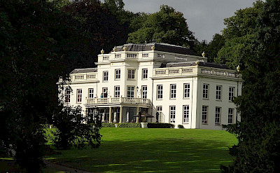 A large estate in Arnhem, Gelderland, the Netherlands. Wikimedia Commons:Ward van Wanrooij