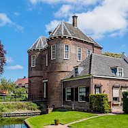Montfoort Kasteel near Rhenen in Utrecht, the Netherlands. Flickr:Frans Berkelaar