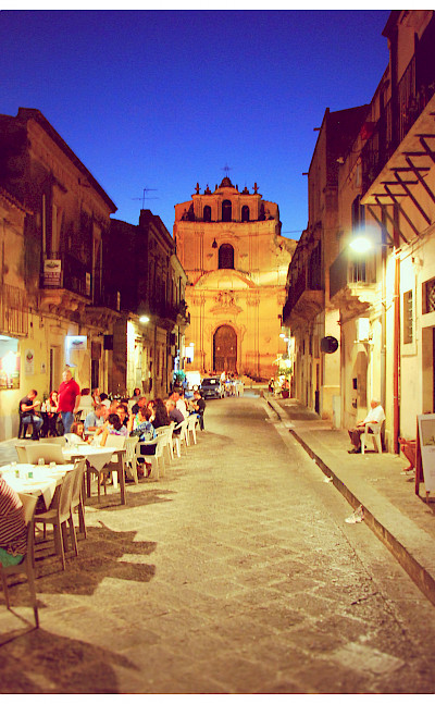 Dining in Noto on the Island of Sicily in Italy. Flickr:Freebird