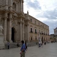 Biking through Syracusa, Sicily, Italy. Flickr:Tauralbus