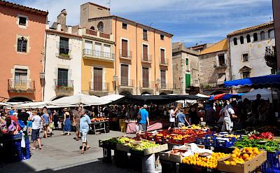 Market in Torroella de Montgrí, Spain. CC:Vincent van Zeijst