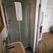 Cabin & Bathroom | Magnifique IV | Bike & Boat Tours
