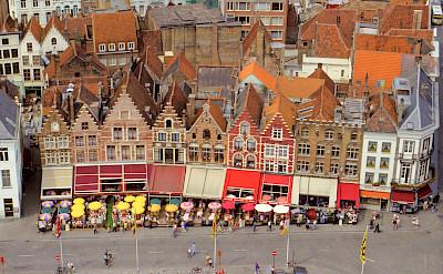 Great view of the cafe restaurants in Bruges, Belgium. Flickr:Benjamin Rossen