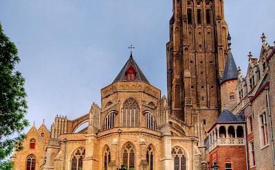 <i>Onze Lieve Vrouwekerk</i> in Bruges, Belgium. Wikimedia Commons:Wolfgang Staudt