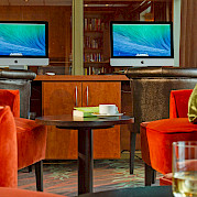 Lounge & internet on the Fortuna | Bike & Boat Tours