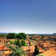 Red rooftops define the Avignon region in France. Flickr:Martina Egglen