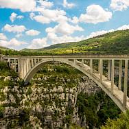 Pont de l'Artuby in Provence, France. Photo via TO