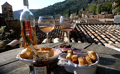 Rooftop restaurant dining on this Burgundy to Provence Bike Tour in France. Photo via TO