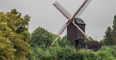 Windmills dot the landscape around Diest, Belgium. Flickr:Raoul Heremans
