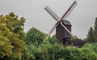 Windmills dot the landscape around Diest, Belgium. Flickr:Raoul Heremans