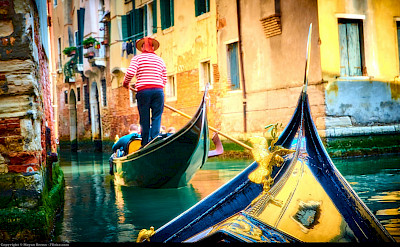 Canals and gondolas in Venice, Italy. Flickr:Moyan Brenn
