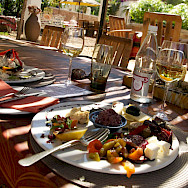 Delicious food and wine to be had on this South African Bike Tour. Flickr:Winniepix