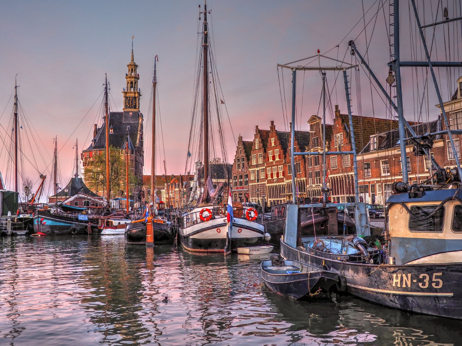 Harbor in Hoorn, North Holland, the Netherlands. Flickr:bk
