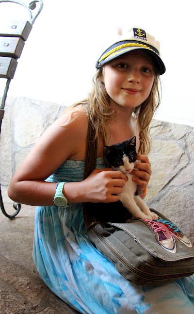 Bring the kids on this Saronic Gulf island-hopping cruise! Photo via TO