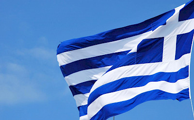 Flag of Greece in Athens. Flickr:Anaraquel S Hernandes