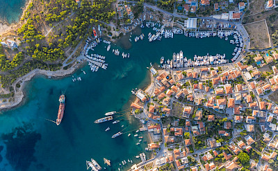 Port of Saronic Island Spetses in Argolic Gulf, Greece. Flickr:Marco Verch