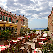 Outdoor dining awaits in Split, Croatia. Flickr:Basti Voe