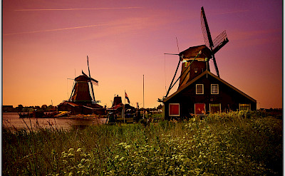 Sunset at the Zaanse Schans in Zaandam, North Holland, the Netherlands. Flickr:Moyan Brenn