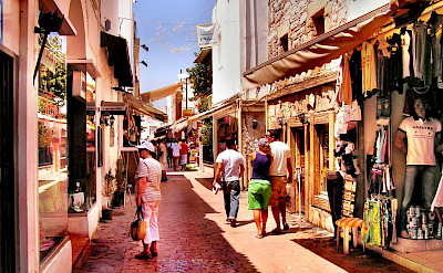 Sightseeing in Bodrum, Turkey. Flickr:Yilmaz Oevuenc