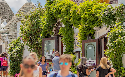 Sightseeing in Alberobello, Puglia, Italy. Flickr:N i c o l a