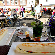 Lunch in Veere, Zeeland, the Netherlands. Flickr:David van der Mark
