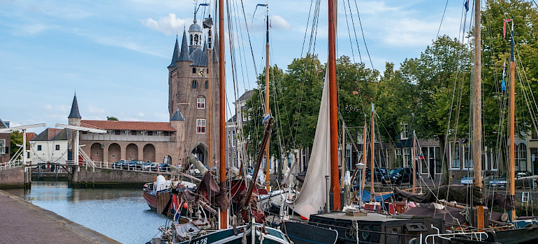 Zuidehavenpoort in Old Harbor Zierikzee, Zeeland, the Netherlands. Flickr:Frans Berkelaar