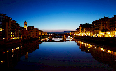 Arno River and Ponte Vecchio bridge in Florence, Tuscany, Italy. Flickr:Sax