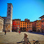 Bike rest in Lucca, Tuscany, Italy. Flickr:Stefan Jurca