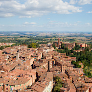 Overlooking Siena, Tuscany, Italy. Flickr:dev2r