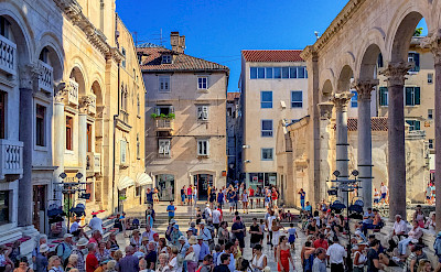 Tourists in Croatia. Flickr:Arnie Papp