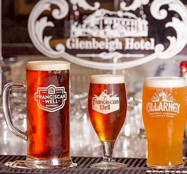 Beer tasting in Glenbeigh in County Kerry, Ireland. Flickr:Reeks District
