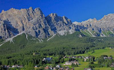 Cortina d'Ampezzo, Italy. Flickr:Navin Rajagopalan