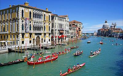 Grand Canal in Venice, Veneto, Italy. Fickr:Jean-Pierre Dalbera