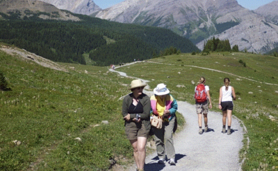 Walking the Classic Banff Hiking Tour in Canada!