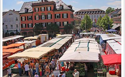 Market in Ludwigsburg, Germany. Flickr:Jorbasa fotografie
